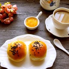 菠萝果酱餐包