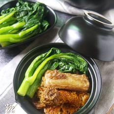 不需要技术含量的煲仔饭【姬松茸排骨煲仔饭】(电饭煲版)的做法