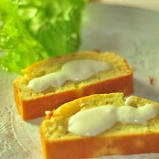 简易香蕉磅蛋糕配豆腐奶油