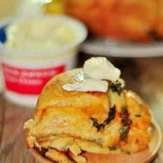 马苏里拉奶酪涡形面包