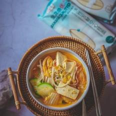 韩式泡菜风味汤面