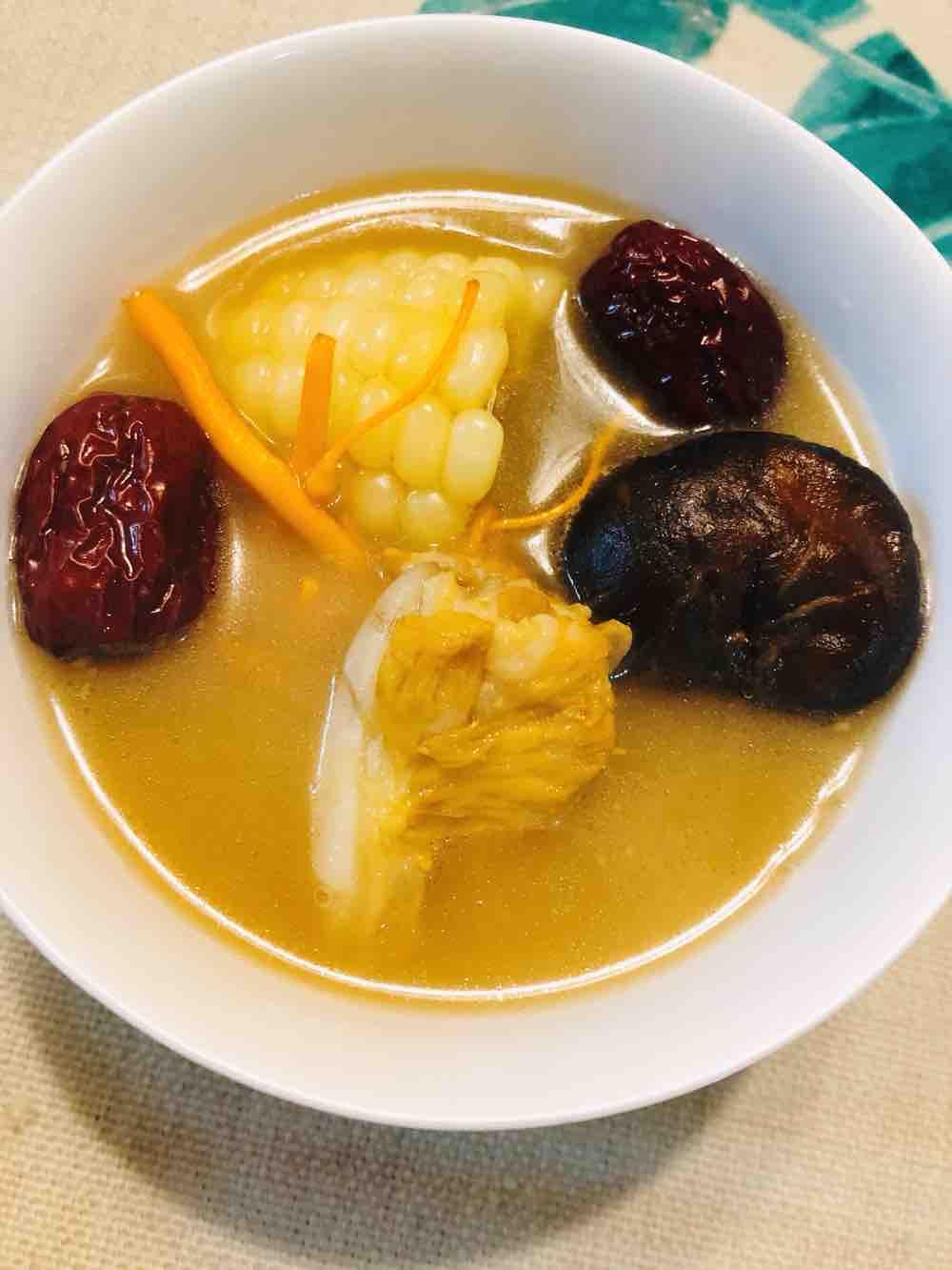 菌菇红枣排骨汤