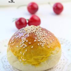 外皮松软,内馅香甜---紫薯小餐包