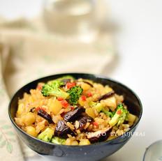 香菇酱油炒饭