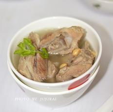黄豆猪骨汤