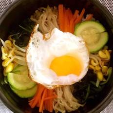 什锦蔬菜石锅拌饭