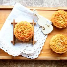 莲蓉蛋黄月饼 宝宝辅食,转化糖浆+枧水+中粉