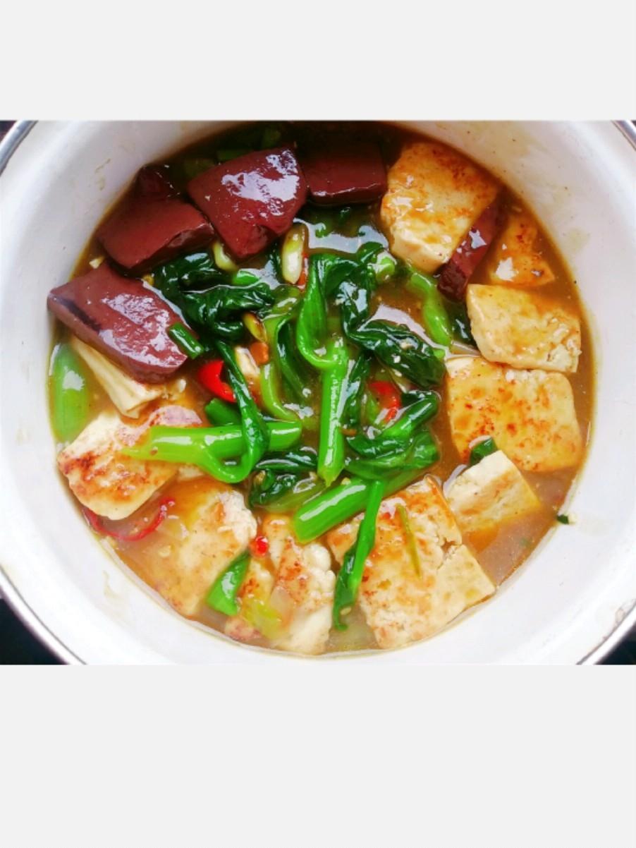 猪血豆腐菜心