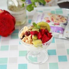 酸奶燕麦水果杯