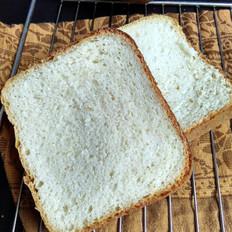 清水白面包