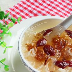 银耳桃胶甜汤