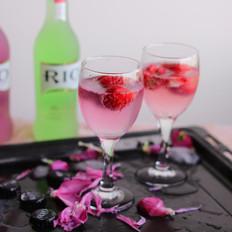 草莓冰沙饮