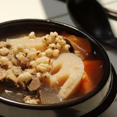 莲藕薏米脊骨汤