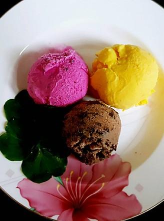 火龙果冰淇淋的做法