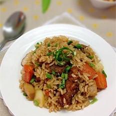 杏鲍菇土豆排骨焖饭