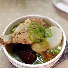 猴头菇芋奶大骨汤