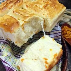 手撕橙皮面包