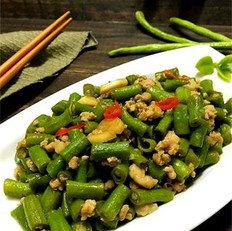 蒜香肉末豇豆