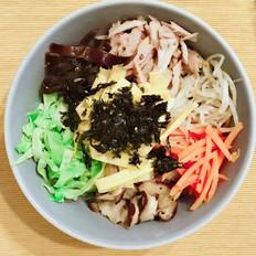 金枪鱼紫菜拌饭