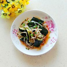 绿豆芽拌黄瓜