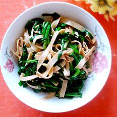韭菜炒豆腐丝