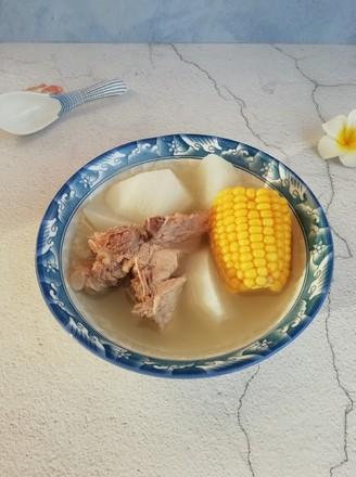 白萝卜玉米骨头汤的做法