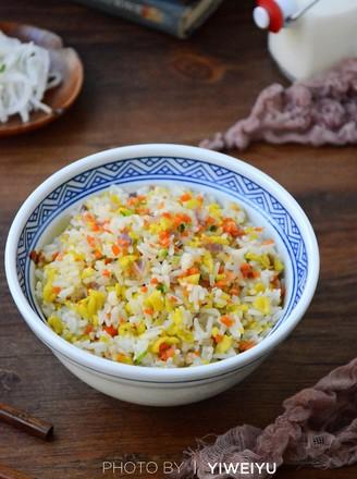 五彩虾仁炒饭的做法