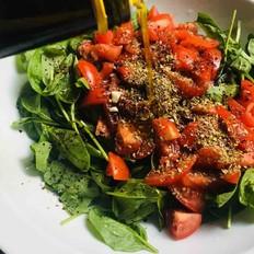 西红柿蔬菜沙拉