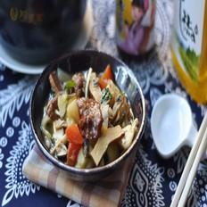 金针菇土豆粉条烩菜