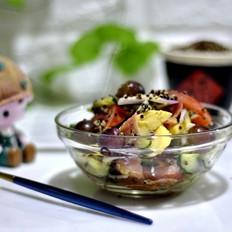 三色藜麦果蔬沙拉