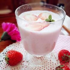 草莓蜂蜜奶昔