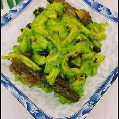 豆豉鲮鱼拌苦瓜