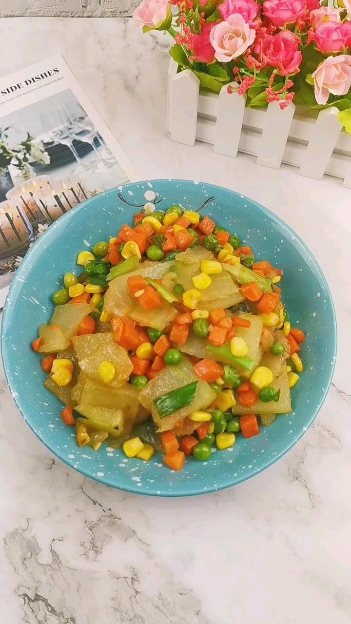 冬瓜炒蔬菜粒