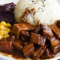 卤千页豆腐红烧肉盖浇饭