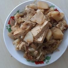 铁锅腌猪肉烩酸菜