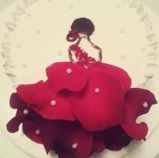 玫瑰裙女孩蛋糕