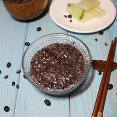 黑米黑豆薏仁粥(乌发养生粥)