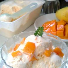 自制芒果酸奶冰淇淋