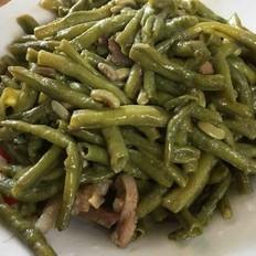 家常肉炒豇豆
