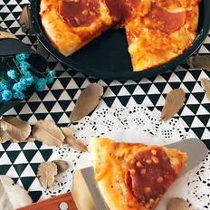 萨拉米香肠披萨