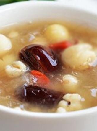 祛痘薏仁芡实莲子粥的做法
