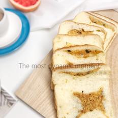 肉松吐司面包