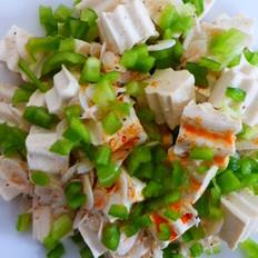 虾皮青椒拌豆腐