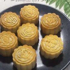广式白莲蓉月饼