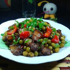 豆子炒五花肉