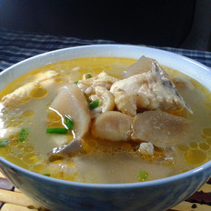 酸萝卜鸡肉汤