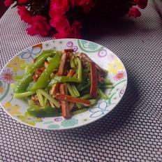 芹菜辣椒炒豆干