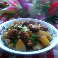 鸡翅烧土豆