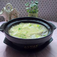 节瓜鲫鱼汤