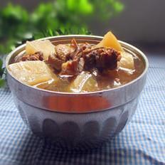 白萝卜煲鸭肉
